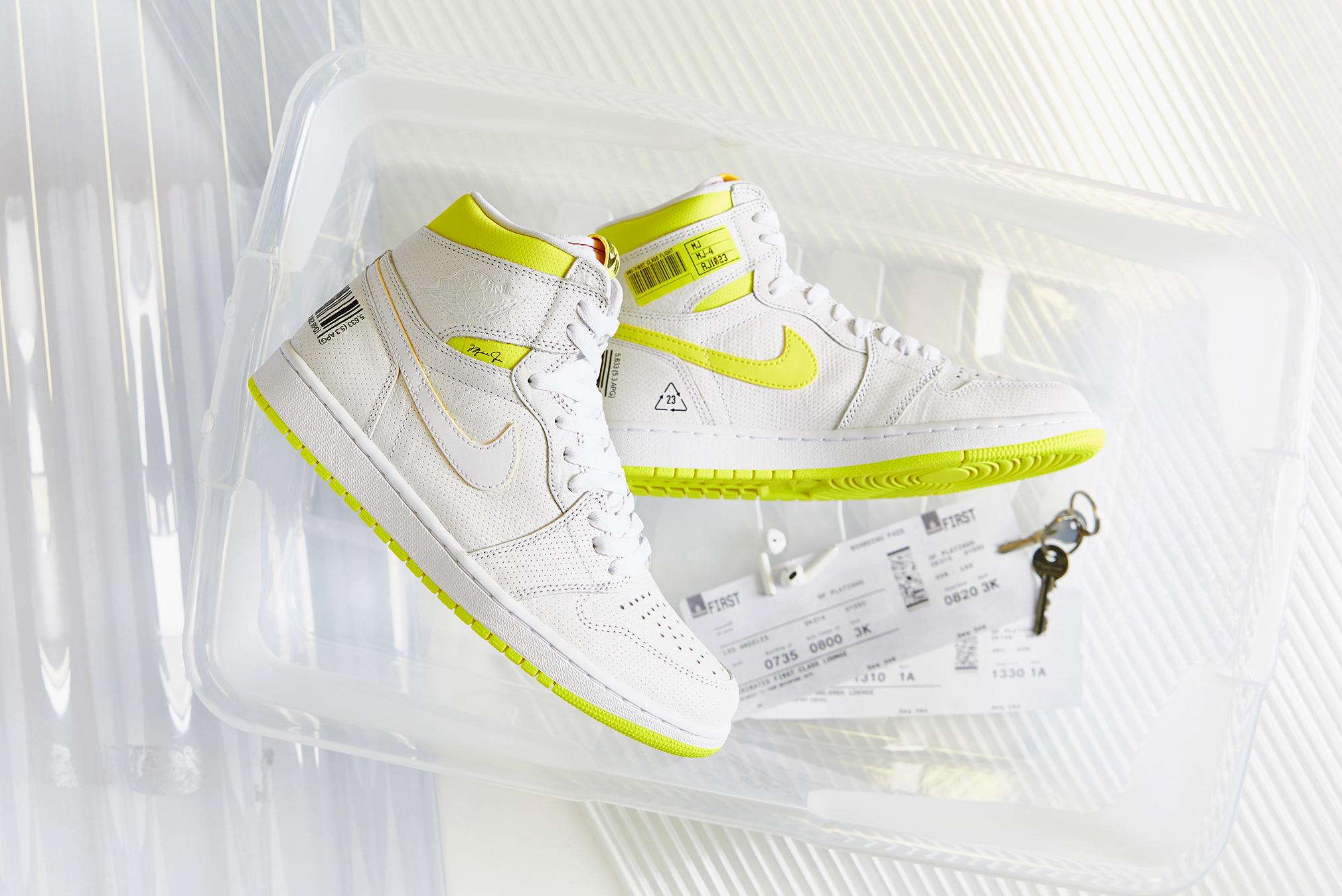 END. Features | Nike Air Jordan 1 Retro High OG 'First Class